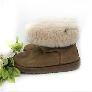 Uggs classic chestnut boots